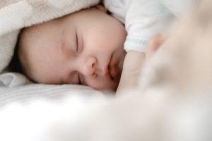 赤ちゃん、産毛